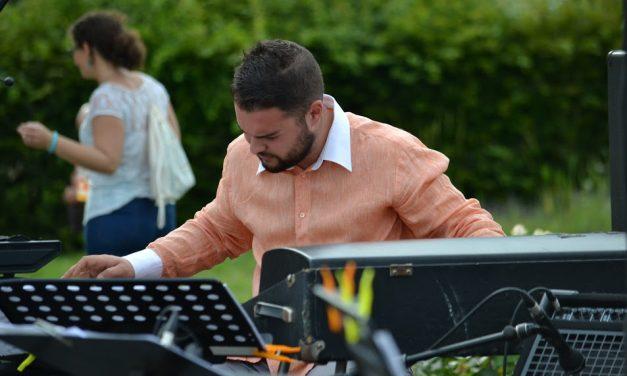 Slobodan Sokolovic Group invite le pianiste serbe Vladimir Jelenkovic